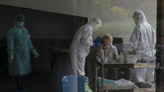 O primeiro foco de infeção neste lar foi registado no dia 25 de março