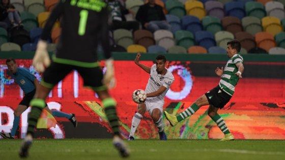 Jogo entre V. Guimarães e Sporting será o primeiro na proposta da Liga, SportTV quer antecipar arranque para dia 3