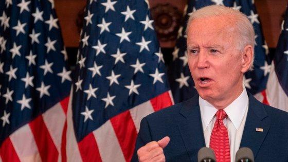Joe Biden falou da morte de George Floyd e dos protestos para se afastar de Donald Trump enquanto candidato às presidenciais norte-americanas