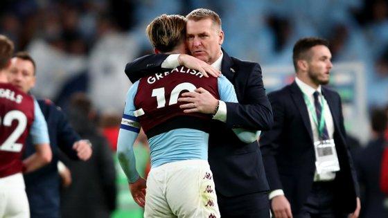 Jack Grealish e Dean Smith, capitão e treinador, são ambos adeptos do Aston Villa desde crianças