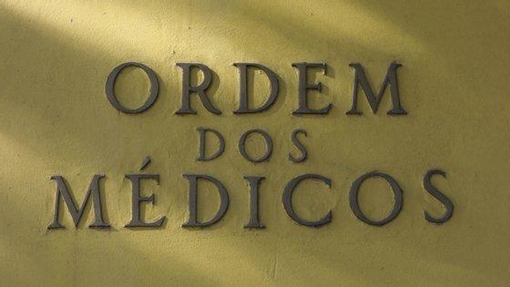 O obstetra que realizou as ecografias numa unidade privada, a Ecosado, tinha já cinco queixas em curso na OM, algumas desde 2013