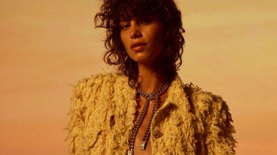 """A Chanel deu a conhecer a sua """"collection croisière""""numa apresentação virtual"""