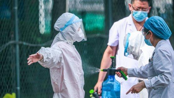 Só na terça-feira, foram desinfetados 276 mercados de produtos agrícolas e encerrados 11 mercados subterrâneos e semisubterrâneos