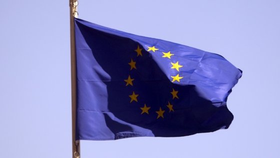 O Parlamento Europeu critica a pressão feita pelo Reino Unido para ter acesso ao mercado único após o Brexit