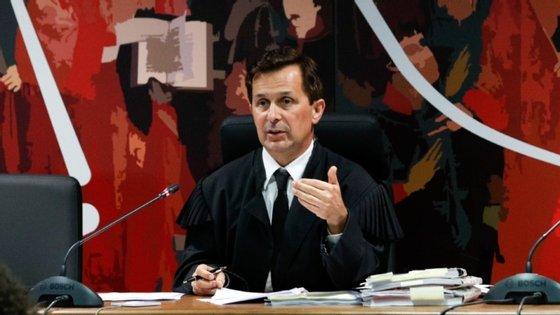 O juiz Ivo Rosa lidera a fase de instrução criminal da Operação Marquês e decidirá se José Sócrates será julgado