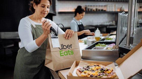 A Uber Eats chegou a Portugal em 2017. Atualmente, já há mais de quatro mil restaurante em Portugal na plataforma