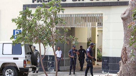 Cabo Verde regista um acumulado de 983 casos de Covid-19 desde 19 de março, com oito óbitos