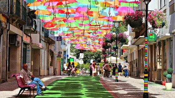 """""""Umbrella Sky"""" deveria decorrer de 4 a 26 de julho"""