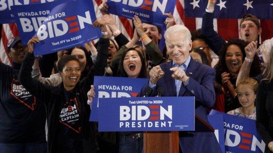 A sondagem permite verificar que Biden recuperou o atraso face a Trump entre os eleitores masculinos, brancos e seniores, que permitiram ao candidato republicano vencer as presidenciais em 2016