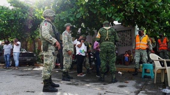 Em Oaxaca, há mais de 2 mil edifícios afetados, incluindo 15 hospitais e unidades de saúde