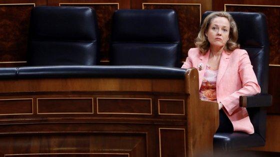 A vice-presidente económica do governo espanhol, Nadia Calvino, será candidata à presidência do Eurogrupo.