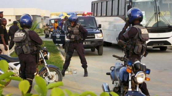 """A FLEC disse também que a população destas localidades """"vive aterrorizada e os seus direitos humanos são constantemente violados"""""""