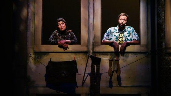 """O espectáculo """"Avenida Q"""" voltará aos palcos, e durante três meses e meio, no Teatro Maria Matos, em Lisboa"""