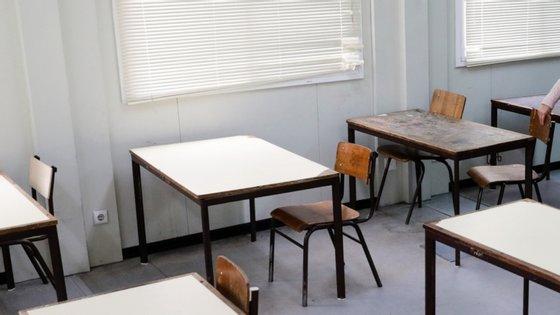 Na generalidade do ensino, a discrepância das notas internas quando comparadas com as classificações dos exames baixou