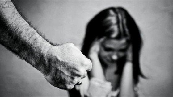 """A proposta """"confere, igualmente, centralidade à vítima, ao atribuir prioridade à sua proteção e à reparação dos danos por si sofridos"""", pode ler-se no comunicado"""