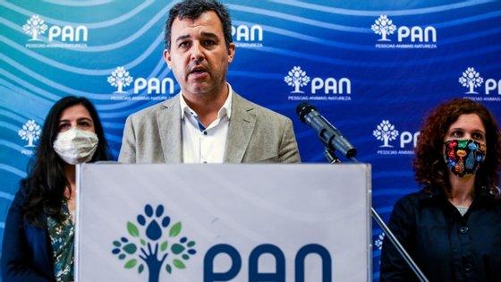 """André Silva defendeu que """"se deveria esperar pelo fim deste processo legislativo"""" antes de ser nomeado o novo governador"""
