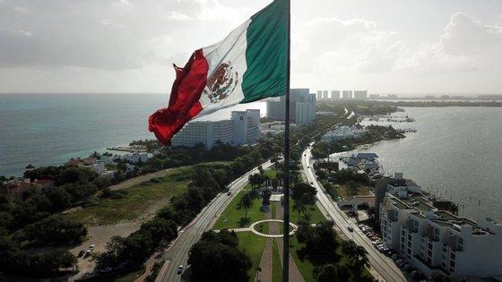 O ataque aconteceu na zona alta do Paseo de la Reforma, uma área próspera da cidade