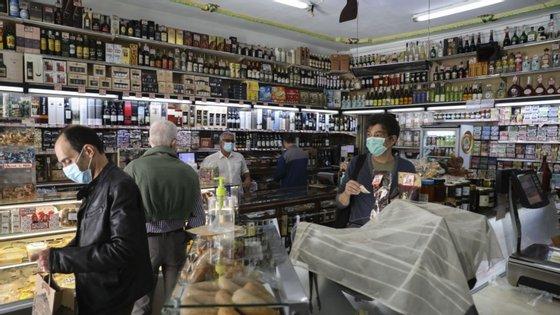 As associações alegam que as propostas legislativas do Governo arriscam comprometer o futuro das empresas