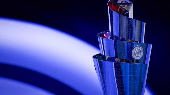 Segundo a UEFA, as jornadas da prova vão passar a ser triplas, em vez de duplas