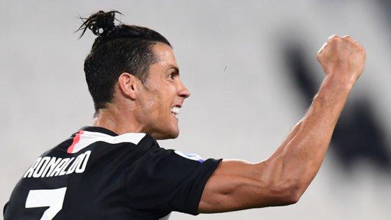 O capitão da Seleção Nacional marcou o segundo golo da equipa de Maurizio Sarri