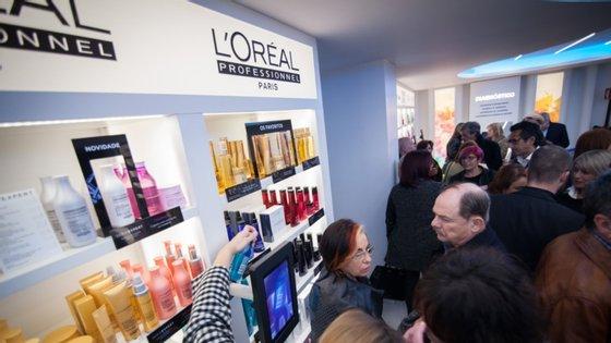 A decisão da L'Oréal foi anunciado num comunicado emitido este sábado