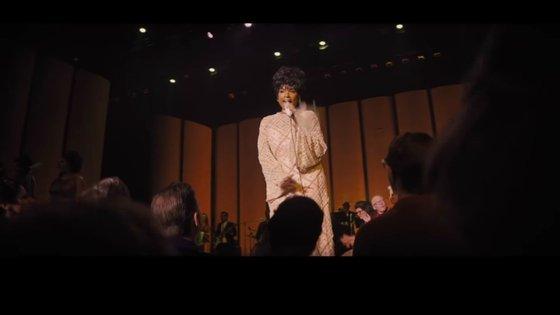 """Jennifer Hudson interpreta Aretha Franklin no filme biográfico sobre a atriz, """"Respect"""""""