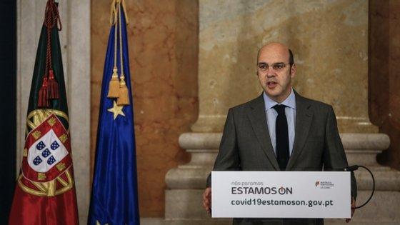 Portugal continua a ter uma taxa de letalidade muito inferior à do Reino Unido