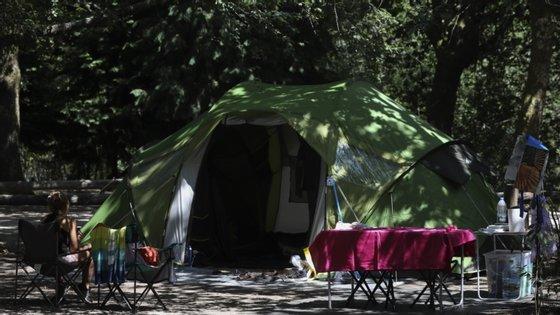 O surto com origem numa festa realizada no parque de campismo resultou em 31 pessoas infetadas
