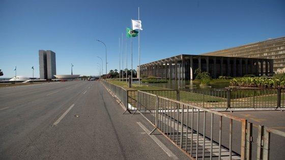 O Distrito Federal foi a primeira região do Brasil a adotar, em meados de março, medidas de isolamento social para conter a disseminação do novo coronavírus