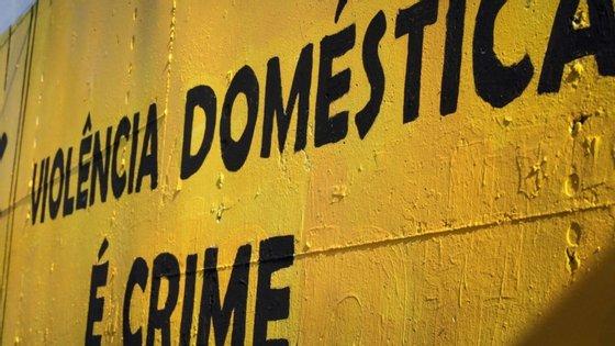 Violência doméstica, homicídio conjugal, incêndios rurais, cibercriminalidade e ilícitos contra o sistema de saúde são alguns dos crimes de investigação prioritária