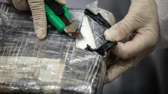 Apreensões de cocaína em 2019 aumentaram significativamente face a 2018. Ainda assim, haxixe, ecstasy e heroína registam diminuições face ao mesmo período