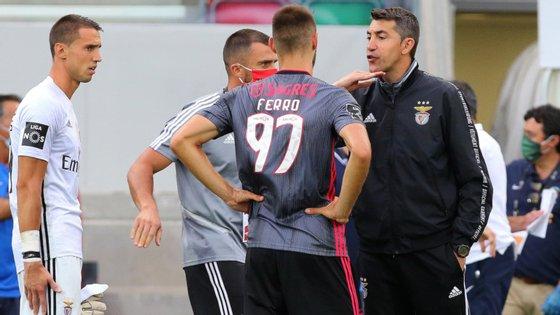 Bruno Lage trocou meia equipa para jogo com o Marítimo, entre opções, castigos e lesões, mas voltou a perder com um conjunto insular