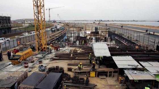 Duas das 13 obras estão a cargo da empresa portuguesa Mota-Engil