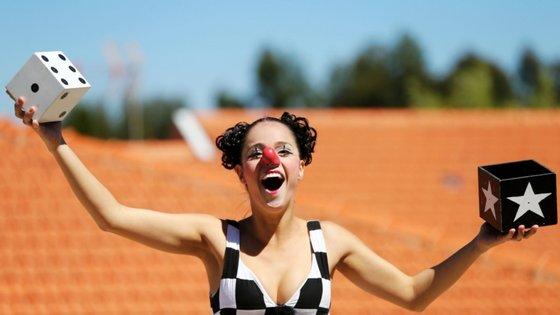 O Fazer a Festa vai decorrer nos jardins da Quinta da Caverneira, na Maia, concelho do distrito do Porto, para um público com idades acima dos 3 ou dos 6 anos conforme os espetáculos.