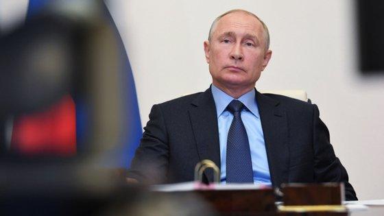 Vladimir Putin foi eleito presidente russo em 2000, mantendo o cargo de chefe do Estado desde então