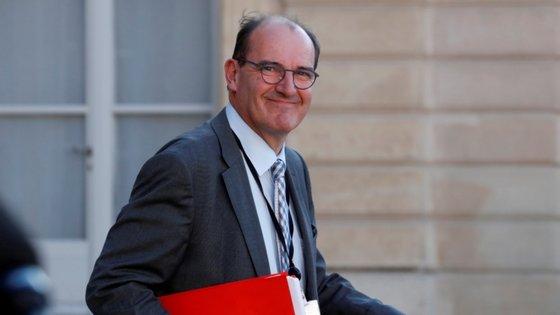 Jean Castex, até aqui responsável pela estratégia de desconfinamento em França, foi nomeado por Emmanuel Macron para suceder a Édouard Philippe