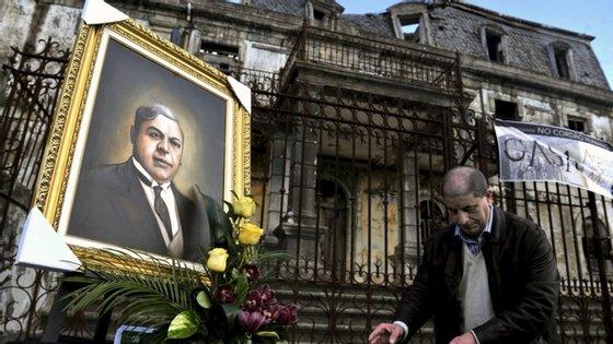 JoacineKatar Moreira propõe que o corpo continue no concelho de Carregal do Sal, terra onde nasceu e viveu Aristides de Sousa Mendes