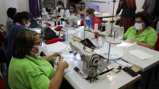 O inquérito, realizado entre 22 e 25 de junho, considerou uma amostra de 1.707 empresas de todo o território português.