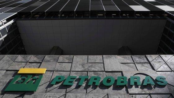 A subsidiária Petrobras Biodiesel (PBIO), que conta com cinco fábricas no país, é uma das maiores produtoras do combustível no país sul-americano