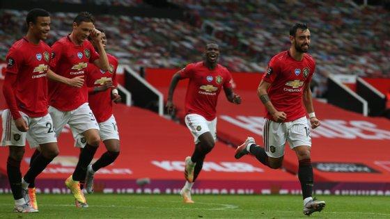 O jogador português fez duas assistências e marcou já na segunda parte