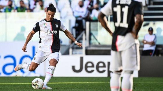 O jogador português marcou à passagem da hora de jogo