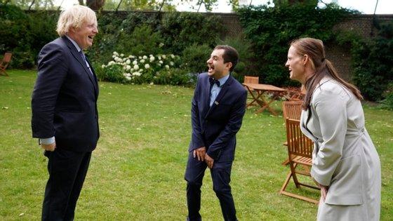 Boris Johnson esteve internado durante uma semana com Covid-19