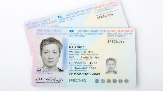 Atualmente, o cartão de cidadão holandês tem referência ao sexo da pessoa, como em Portugal
