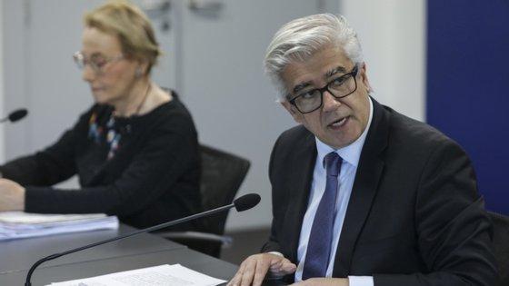 Lacerda Sales lembrou que países como o Reino Unido, Espanha e França também fizeram revisões das estatísticas