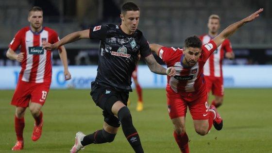 Na época passada, foi o terceiro classificado da II Liga alemã, o Union de Berlim, a ganhar a eliminatória, fazendo descer o Estugarda.