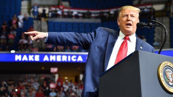 O Presidente dos EUA não abdicou dos comícios de campanha eleitoral apesar da pandemia