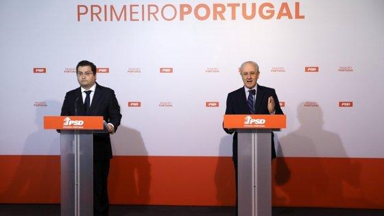 O presidente do CEN, Joaquim Miranda Sarmento, com o presidente do PSD, Rui Rio