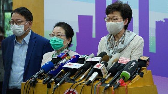 A líder do executivo de Hong Kong, Carrie Lam, admitiu que as medidas de contenção podem ter de ser revista