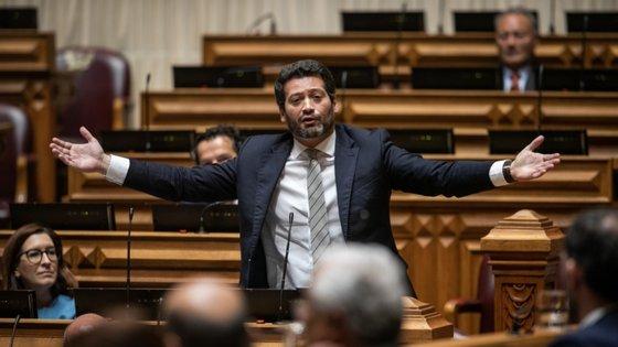 André Ventura recorreu da decisão do Governo para o plenário, que não lhe deu razão
