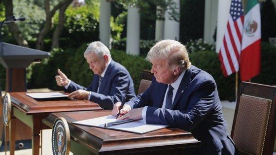 O primeiro encontro entre os dois líderes, realizado esta quarta-feira na Sala Oval da Casa Branca, teve como objetivo celebrar a entrada em vigor do novo acordo de comércio da América do Norte.